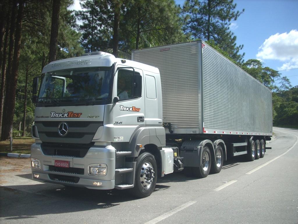 Caminhão - transporte - coleta seletiva