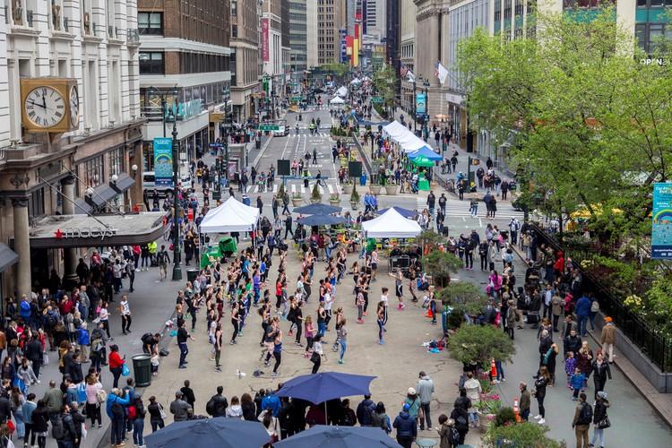 Capa - conexões pessoas e ruas